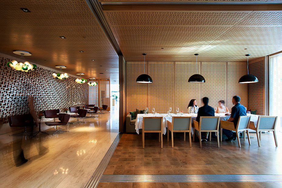 office of mcfarlane biggar architects + designers, Toronto, bosk Restaurant + Shangri-La Hotel Lobby
